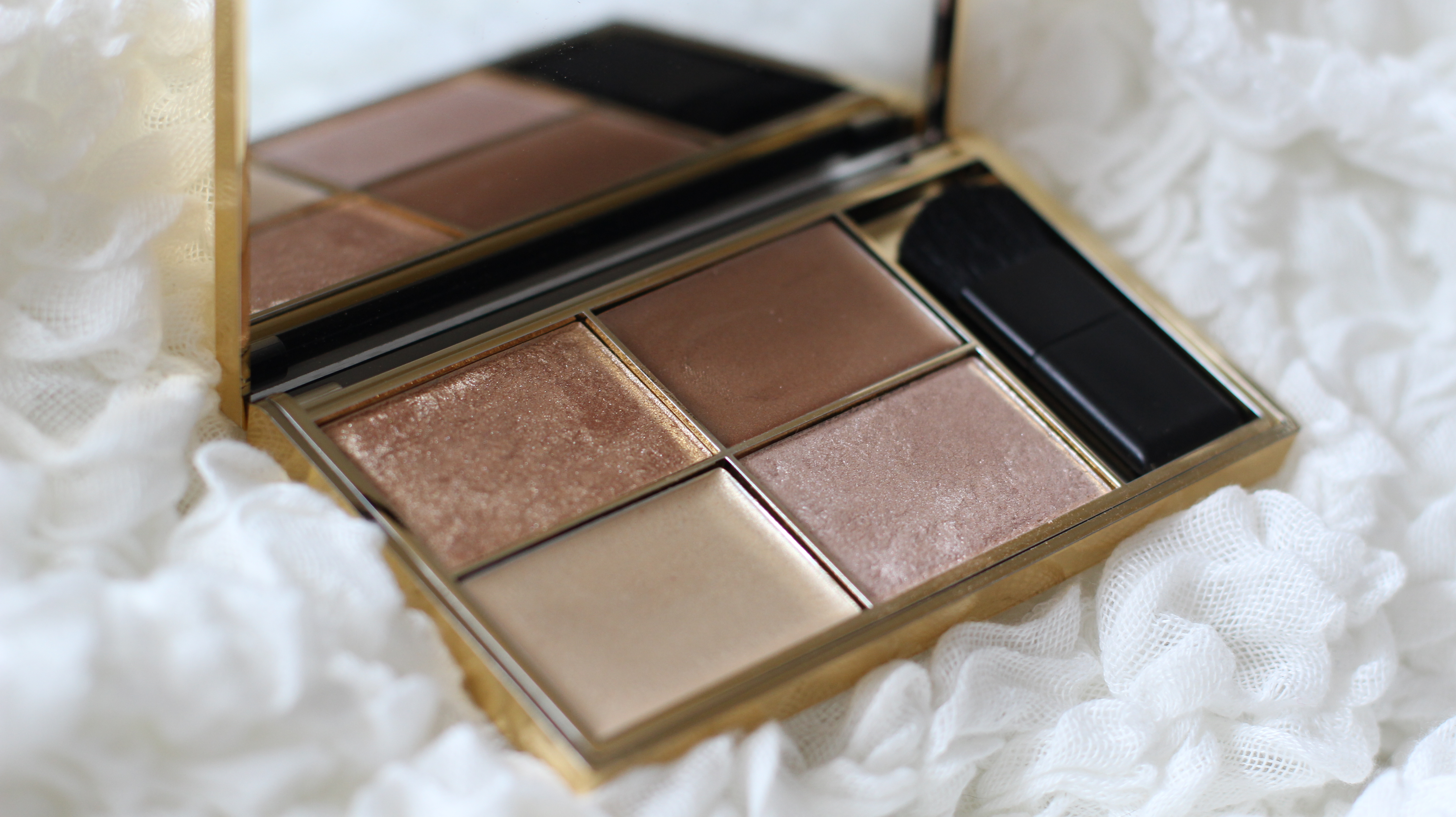 cleopatra's kiss highlight sleek