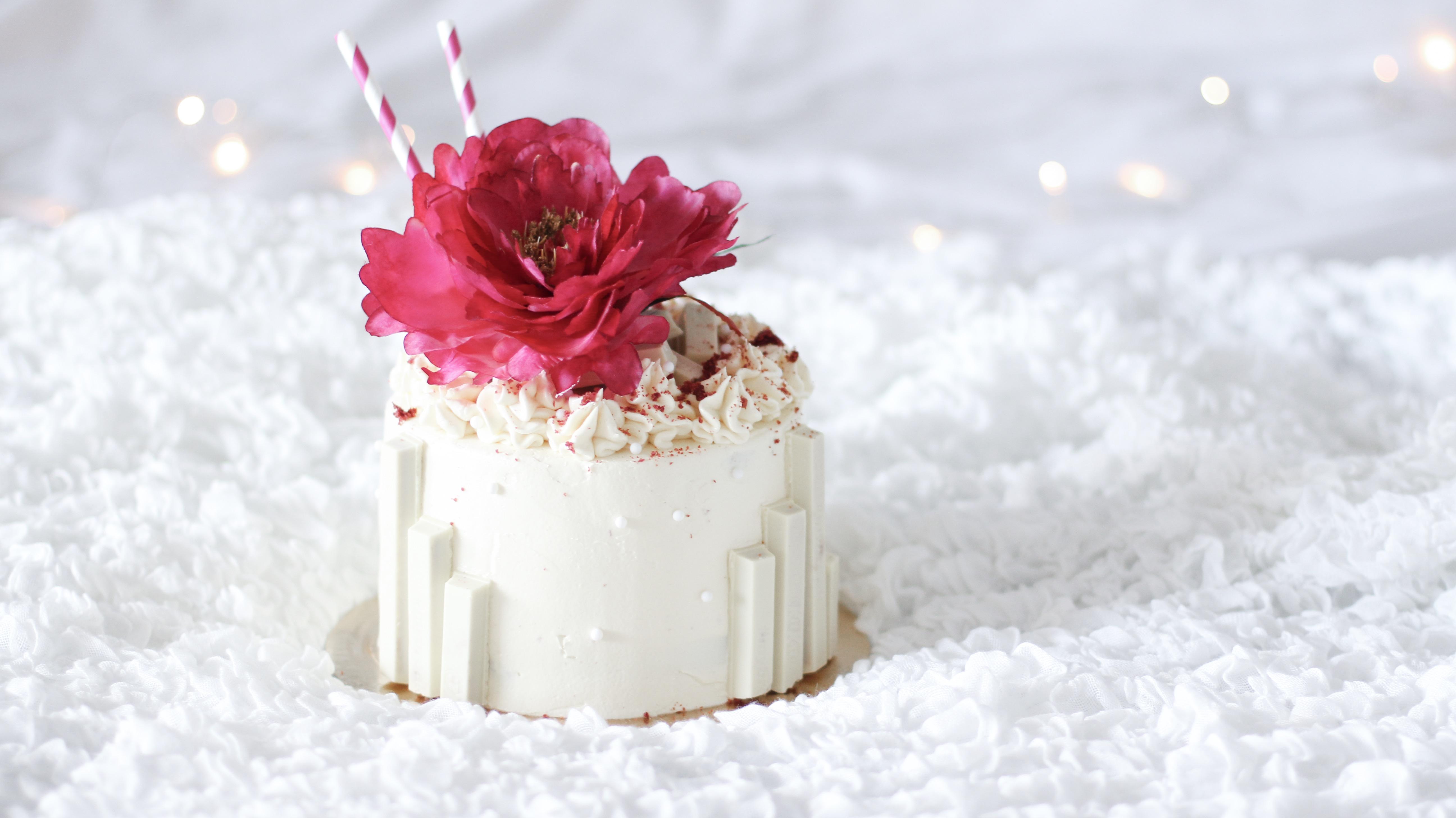 Win een red velvet taart van A La Marie!
