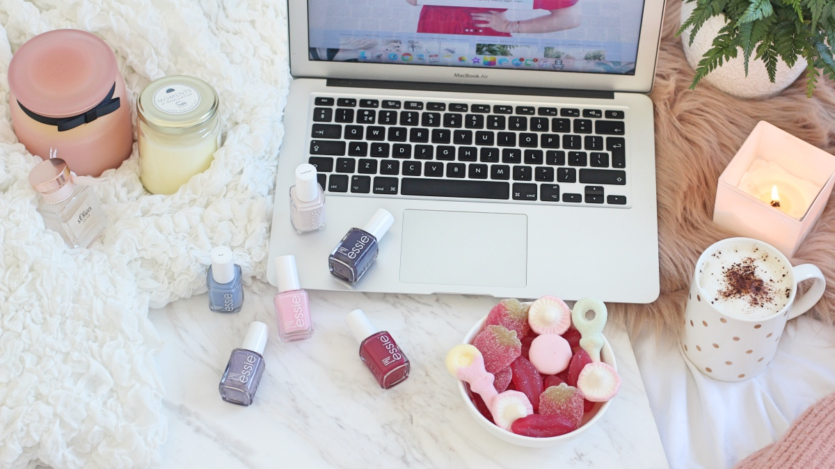 nailpolish flatlay tumblr