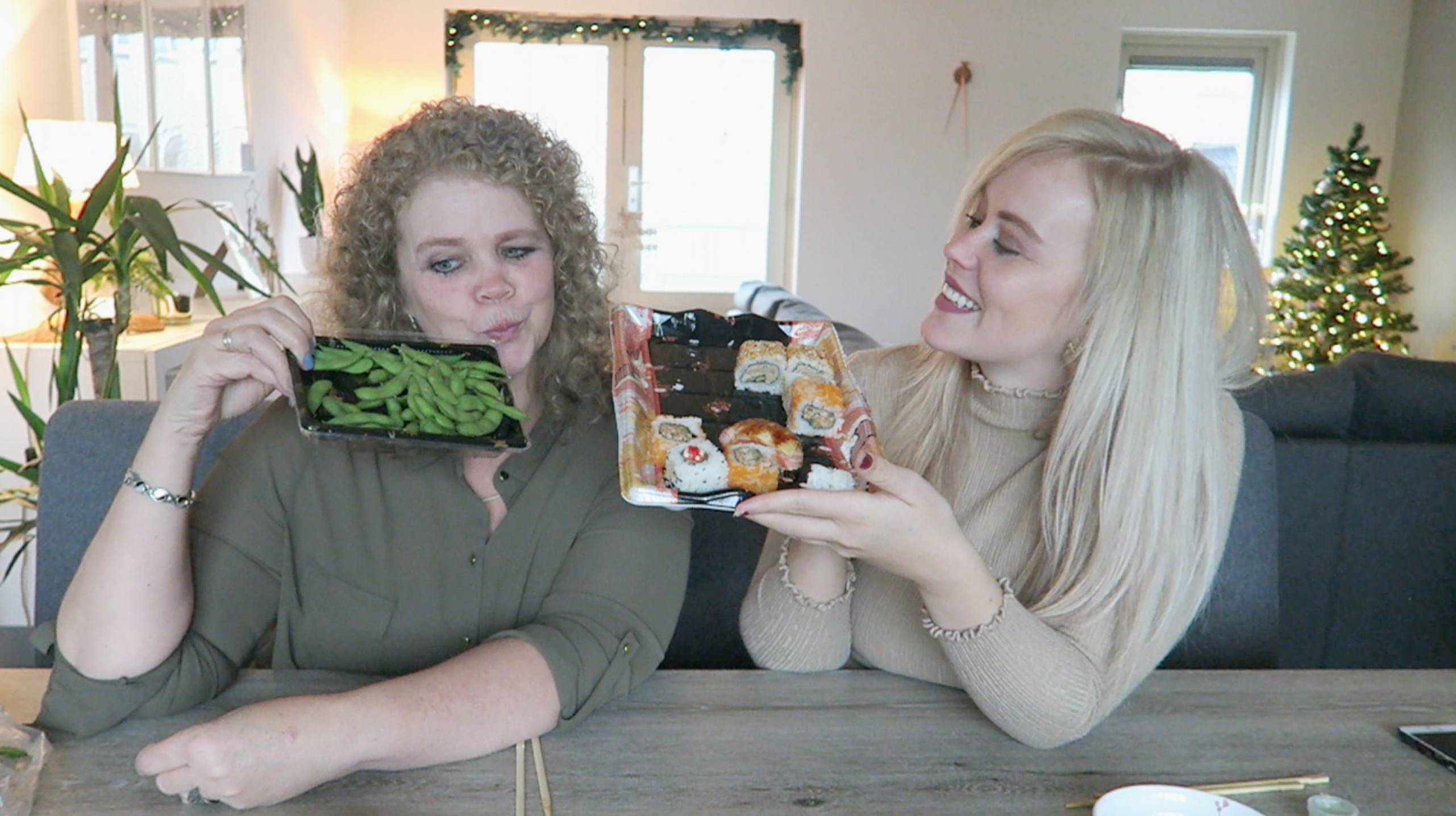 Sushi mukbang met mijn moeder